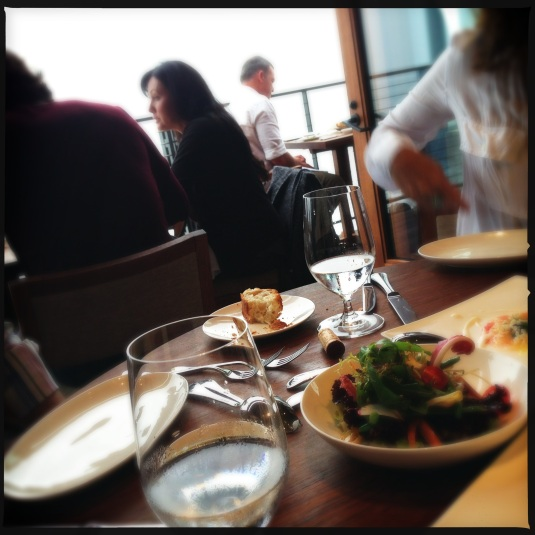Salad, bread, a road-worn Shannen Doherty at the table next to us (what was she doing in the 90265!??) and the Pacific beyond...