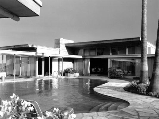 Sinatra's Twin Palms estate