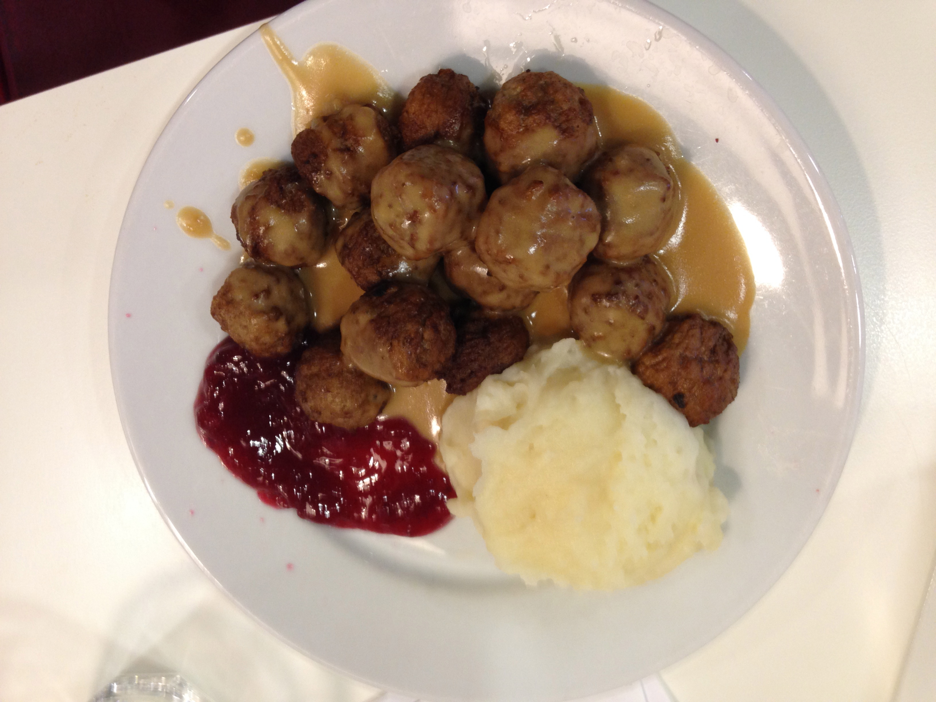 Swedish meatballs with mashed potatoes, gravy and lingonberries