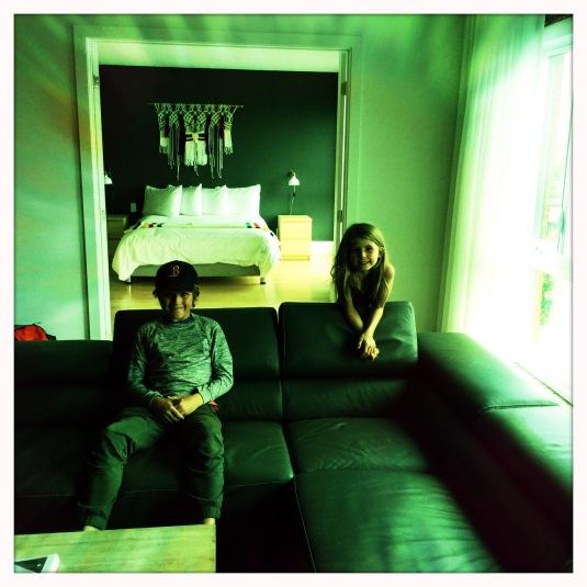 Flynn et Willa in our loft